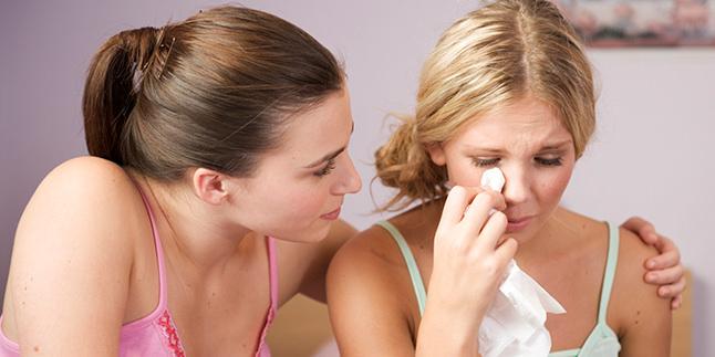 Kızlarda İlk Adet (Menarş) Ne Zaman Olmalıdır?